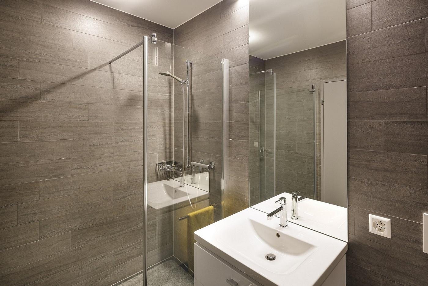 fototyp hnliches schlafzimmer 1 zimmer apartement. Black Bedroom Furniture Sets. Home Design Ideas